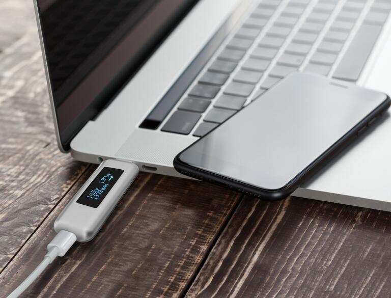 Best Accessories for Macbook Pro 13 inch