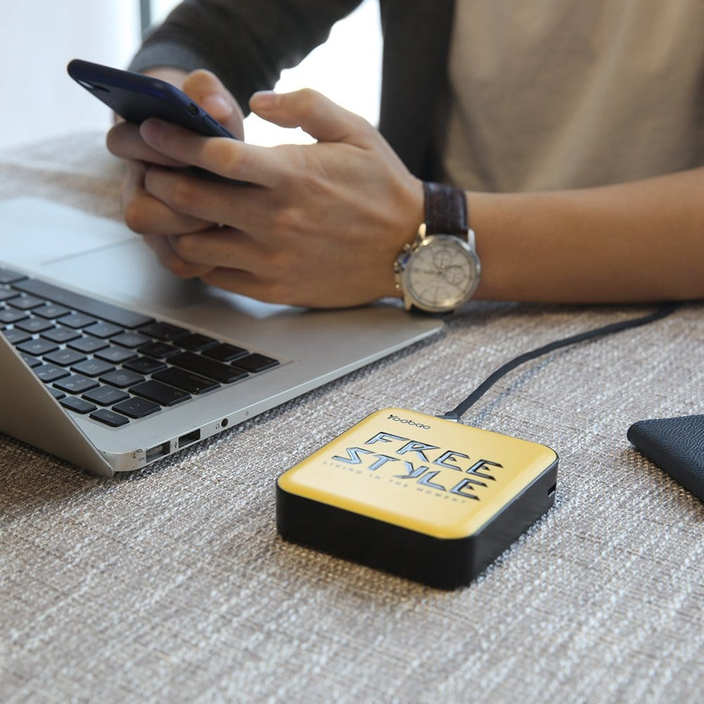 Yoobao Portable 10000 mAh power bank