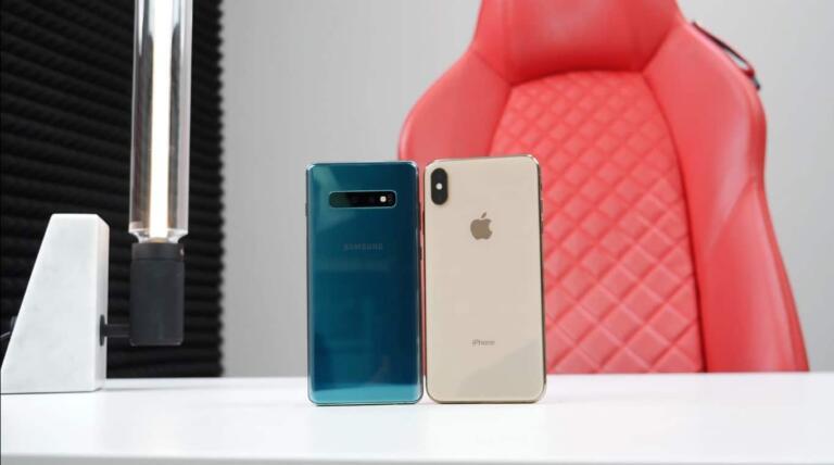 iPhone XS Max Vs Samsung Galaxy S10 Plus Camera Test [Video]