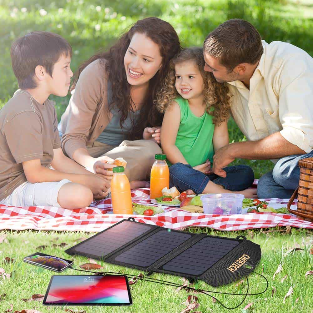Choetech 19W solar power bank